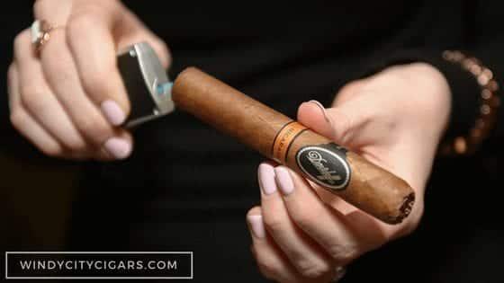 LIGHT Macanudo Cigars